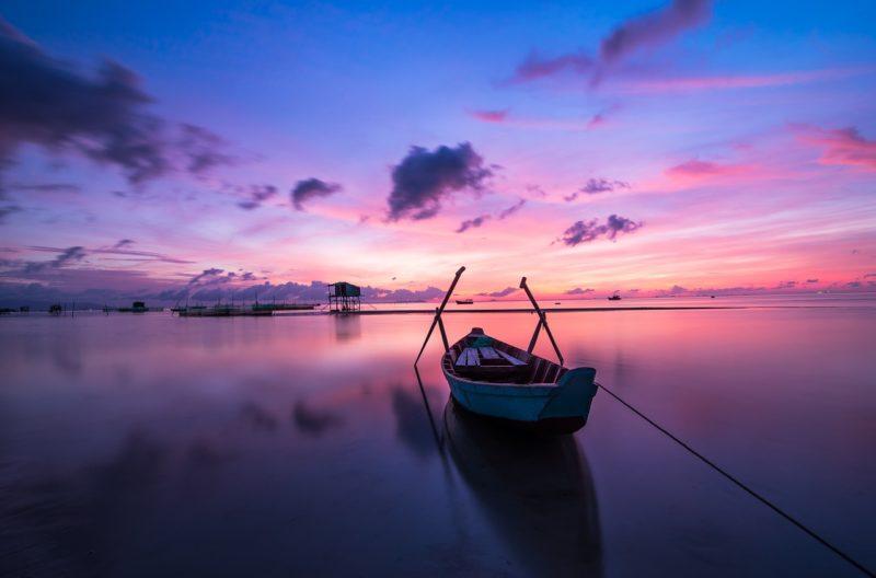 coucher de soleil océan calme